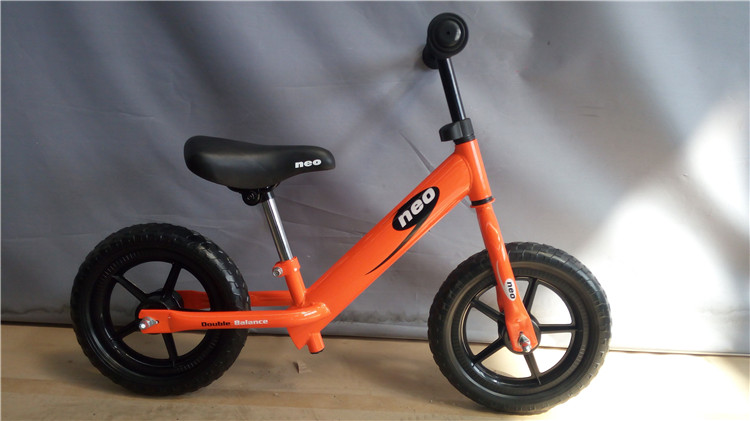 new fashion ride on toy  balance bike wood/2 wheels wooden balance bike no pedals/wooden push along balance bike